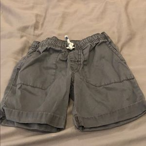 🍎 Cat and Jack 4T Gray Shorts 🍎